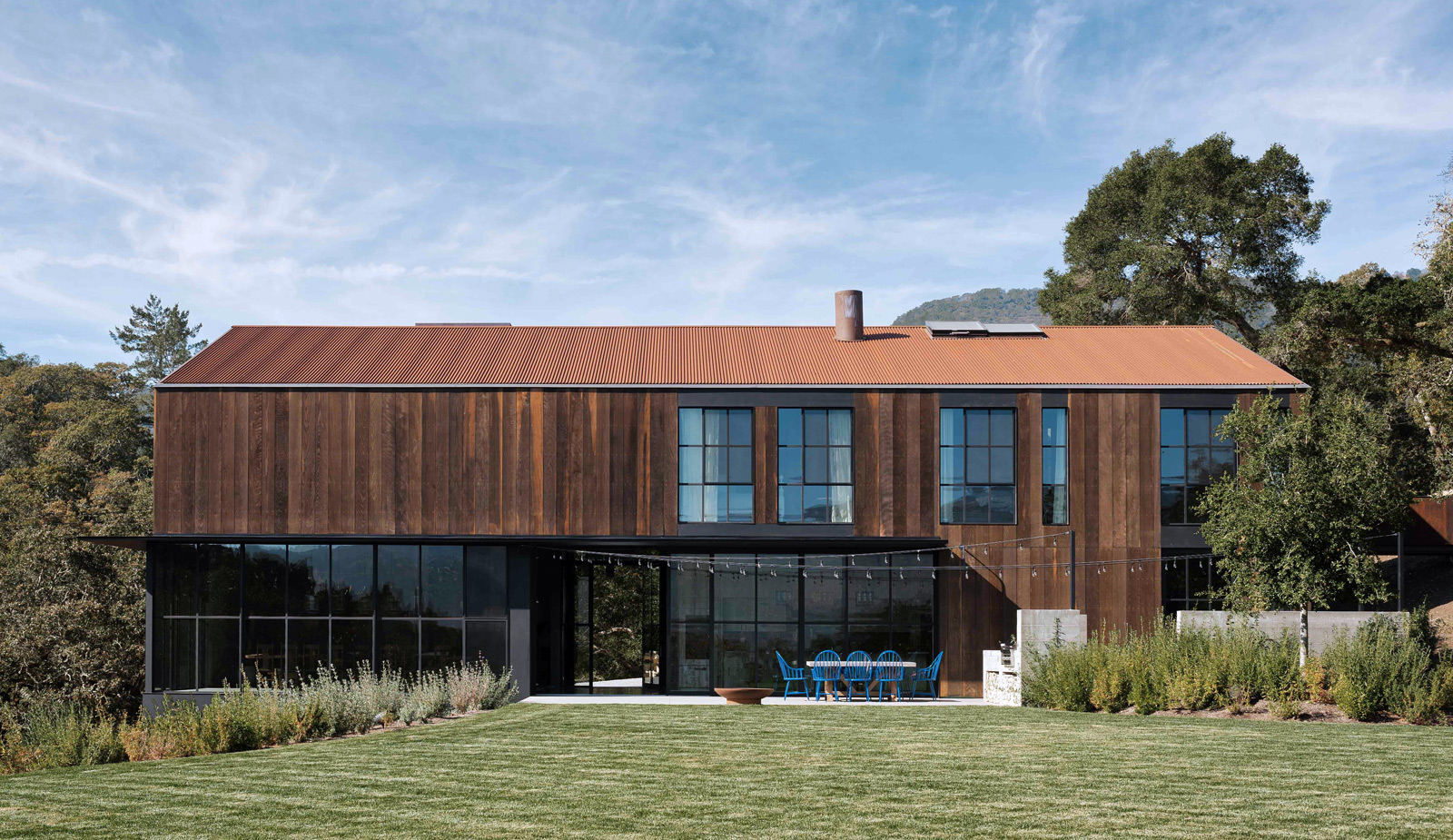 The Big Barn House in Sonoma Valley by Faulkner Architects