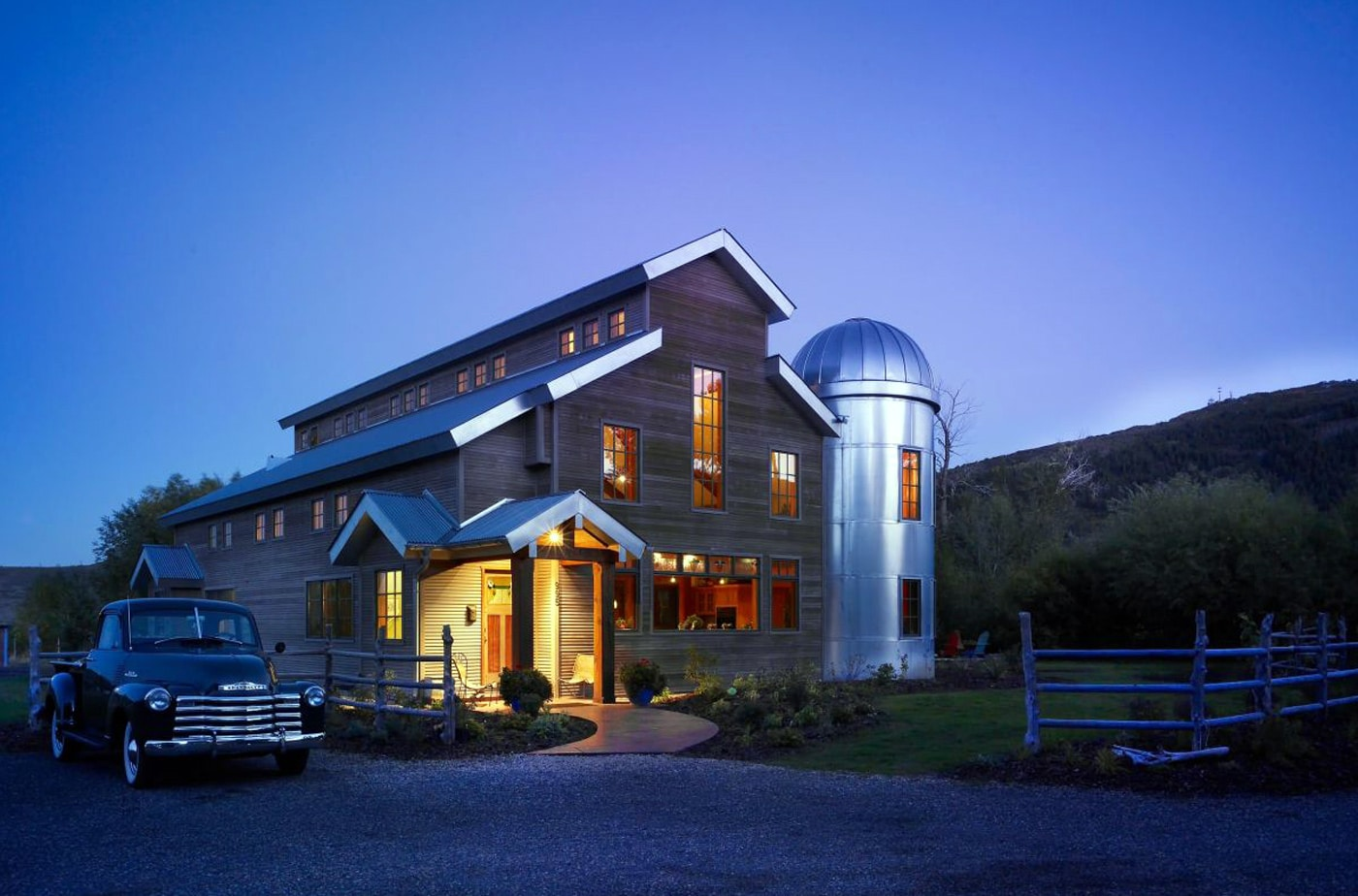 Modern Farmhouse Style & Design Guide